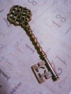 Copper antique key pendant - $2,05